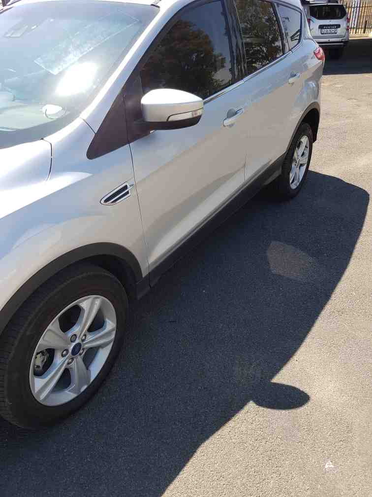 Ford Kuga 1.5 Ecoboost Ambiente A/t '15 - '17
