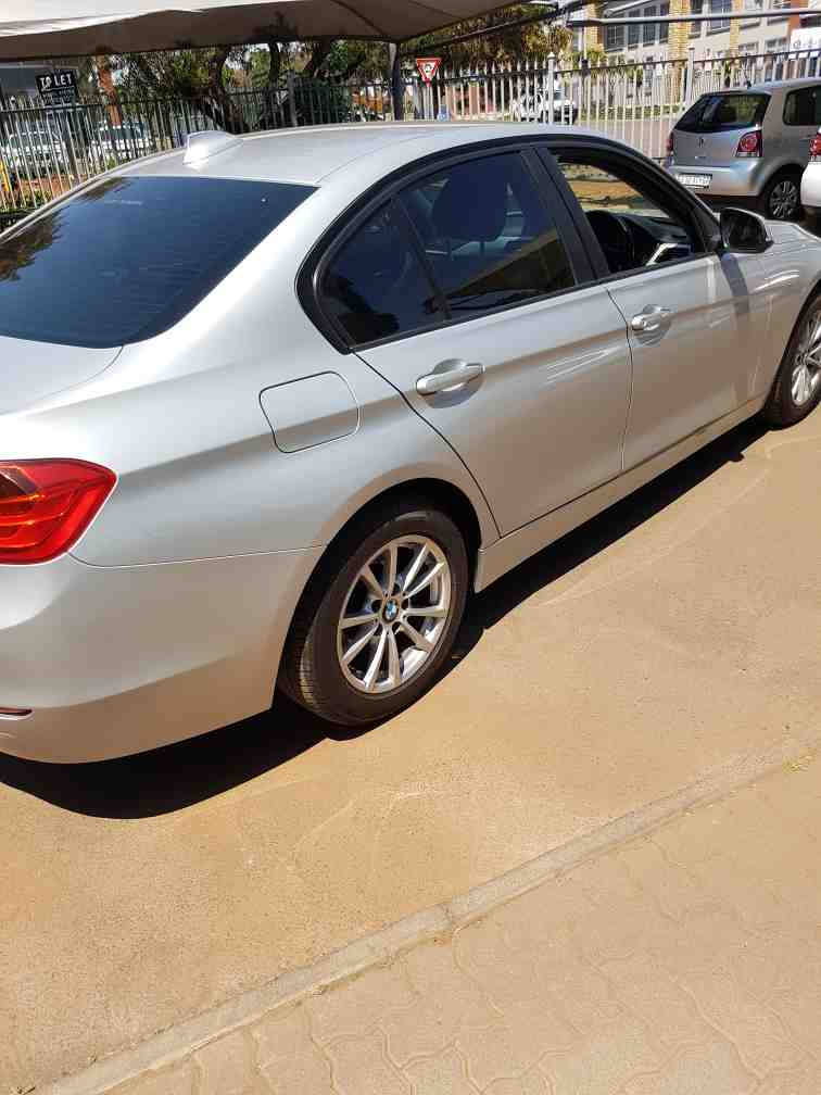 Bmw 3 Series 320i  A/t (f30) '15 - Current