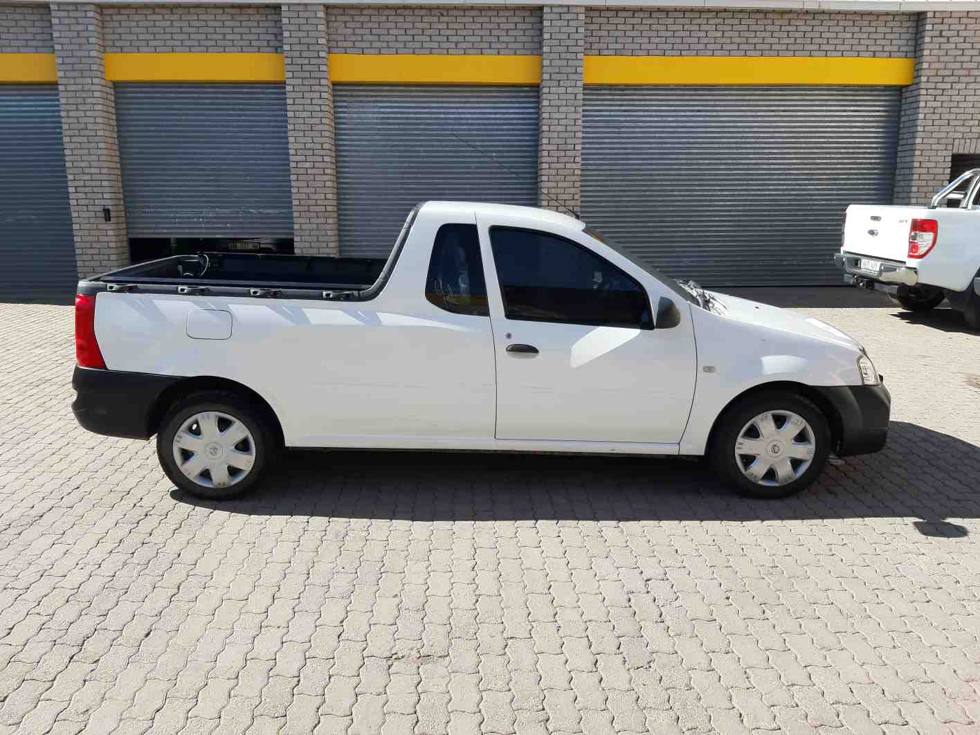 Nissan Np200 1.5 Dci  A/c Safety Pack P/u S/c '11 - Current
