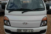 Hyundai H100 2.6d F/c D/s '12 - Current